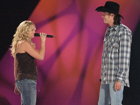 Eles cantaram juntos no CMT's 100 Greatest Duets Concert, em 2005.