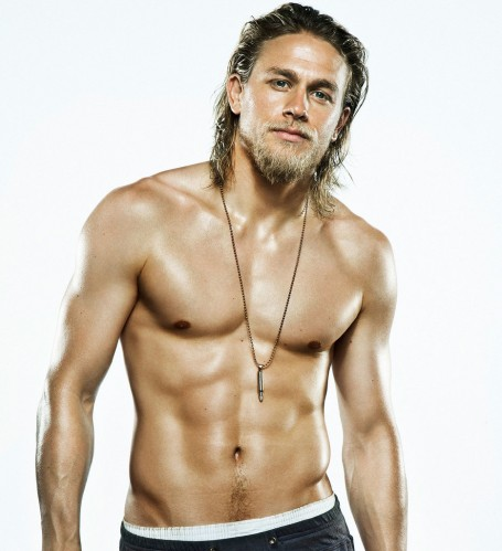 Hot-Charlie-Hunnam-Pictures