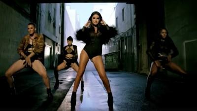"""Maite Perroni mais sensual do que nunca no clipe do novo single """"Adicta""""; vem ver"""